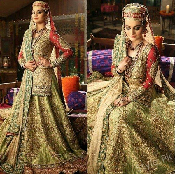 See Minal Khan looks Beautiful as Kashmiri Bride