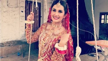See Kubra Khan's Pictures from Set of Alif Allah Aur Insan