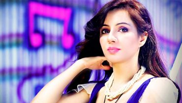 Rabi Pirzada to Enter in English Film