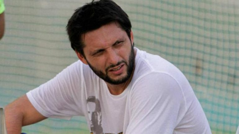 see Shahid Afridi On A Fund Raising Mission In UK