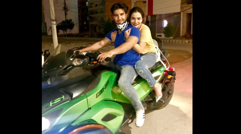 see Recent Pictures of Feroz Khan with his Sister and Brother!