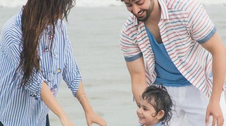 See Ayeza Khan and Danish Taimoor's latest Family Photoshoot