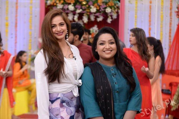 See Uroosa Siddiqui and Noor Bukhari in Good Morning Pakistan (1)