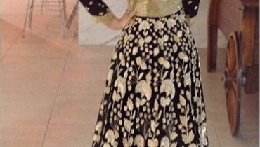 See Urwa Hocnae in Manish Malhotra outfit in Chicago