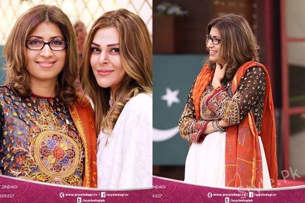See Vaneeza Ahmad and Sana Bucha in Salam ZindagiVaneeza Ahmad and Sana Bucha in Salam Zindagi
