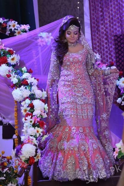 Pakistani Bridal Fashion Trends displayed in Geo Subha ... Fashion Show Dresses 2017