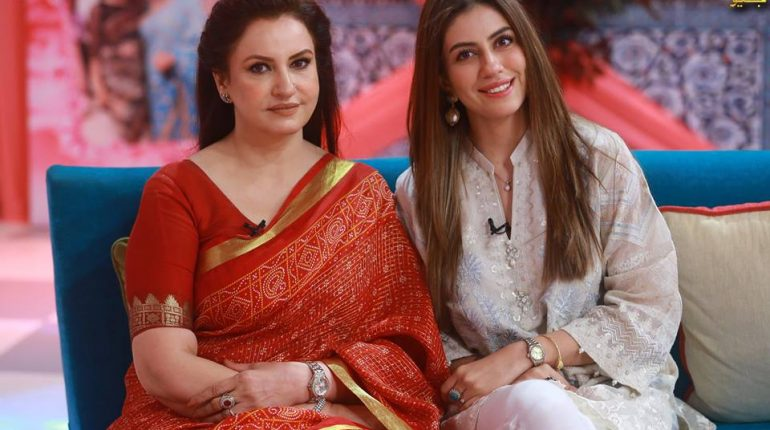 See The Evergreen Saba Faisal in Morning Show with her daughter Saida on GEO TV