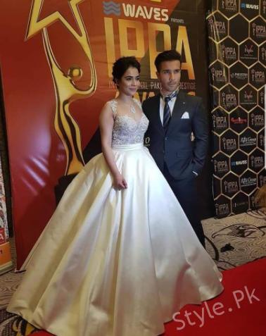 Beautiful Clicks Of Humaima Malik With Feroze Khan In London