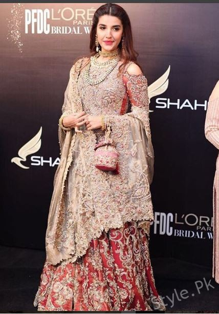 Super Gorgeous Girl Hareem Farooq Walked At Bridal Week