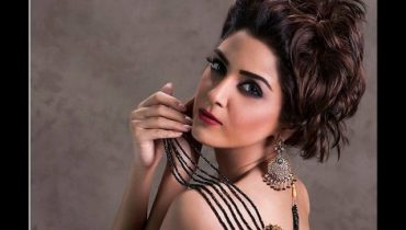 Maya Ali First Bold Photoshoot For Fazal Jewellers