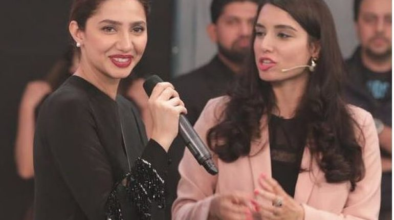 Gorgeous Mahira Khan At PSL Event In Lahor, celebrities, celebrities News, celebrity. mahira khan, psl in lahore, famous mahira khan,