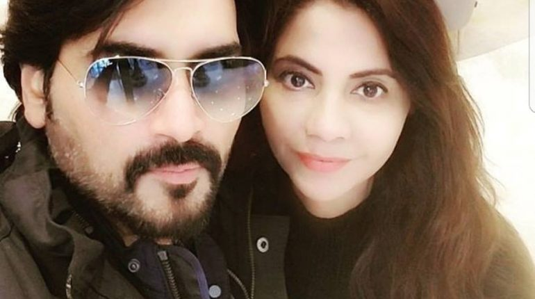 Humayun Saeed And His Beautiful Wife Samina In Istanbul Turkey