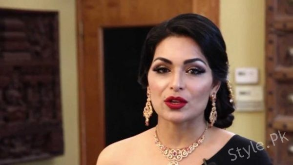 Meera Jee Seen With Her Better Half At Masala Awards, Masala Awards, Masala Awards in Dubai, pakistani famous meera, meera jeeMeera Jee Seen With Her Better Half At Masala Awards, Masala Awards, Masala Awards in Dubai, pakistani famous meera, meera jee