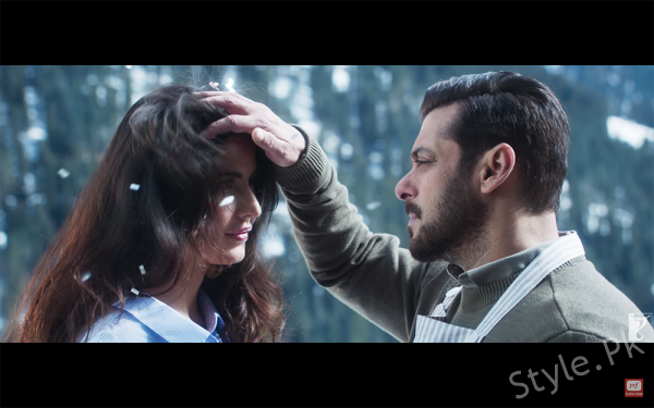 Everyone Has Madly Fallen In Love With Atif Aslam New Song