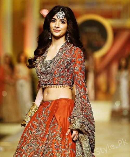 Bridal Couture Week Day 2, Mawra Hocane, Aiman Khan