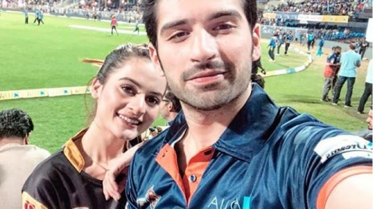Beautiful Clicks Of Aiman Khan And  Muneeb Butt In Dubai