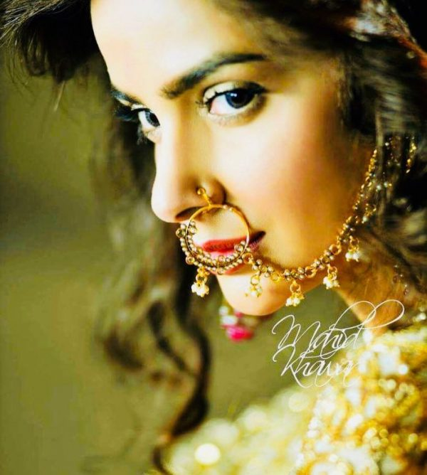 Saba Qamar New Photoshoot Reminds Us Of Deepika's Look In Padmawat