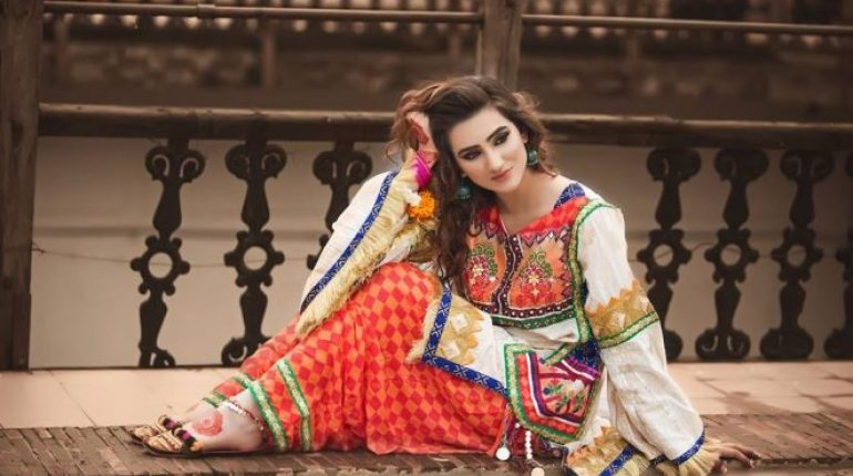 51416d53a Zahra Ahmad Winter Collection 2018 For Women - Style.Pk