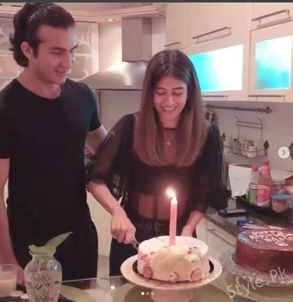 Syra Shehroz Celebrated Her Birthday With Her Family
