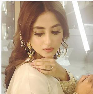 Stunning Beautiful Photoshoot of Sajal Aly