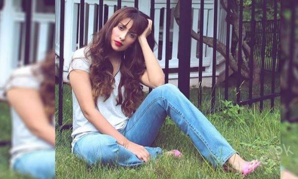 Ayeza Khan's Latest Photoshoot Will Take Your Breath Away
